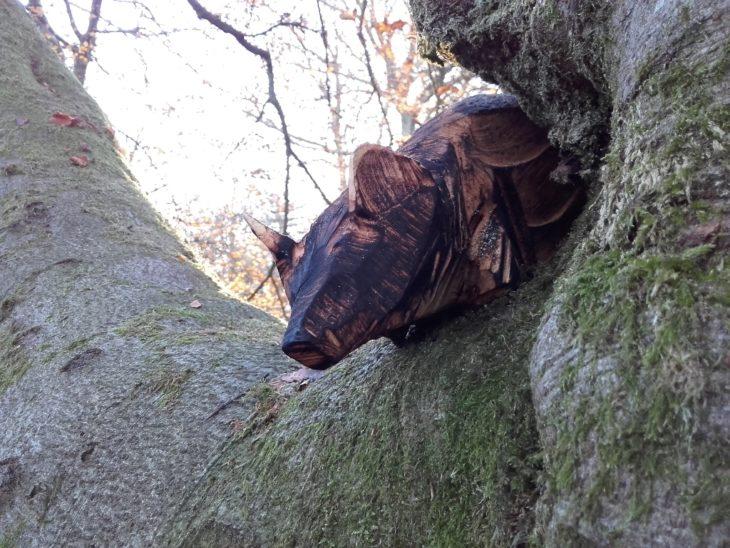 pine marten sculpture