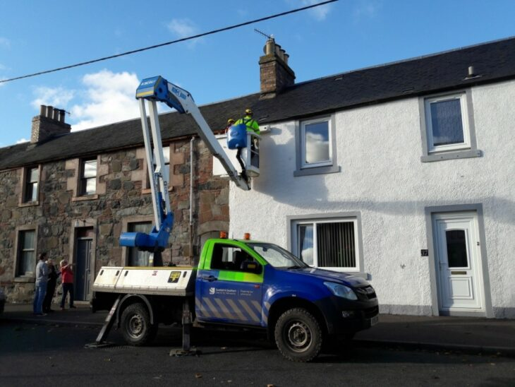 Installing swift boxes in Stanley © Daniele Muir