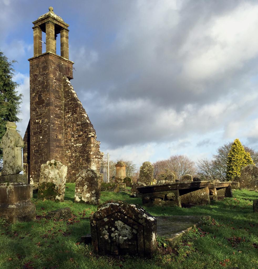 St Ninian's Kirkyard, Stonehouse (c) Paul Murtagh