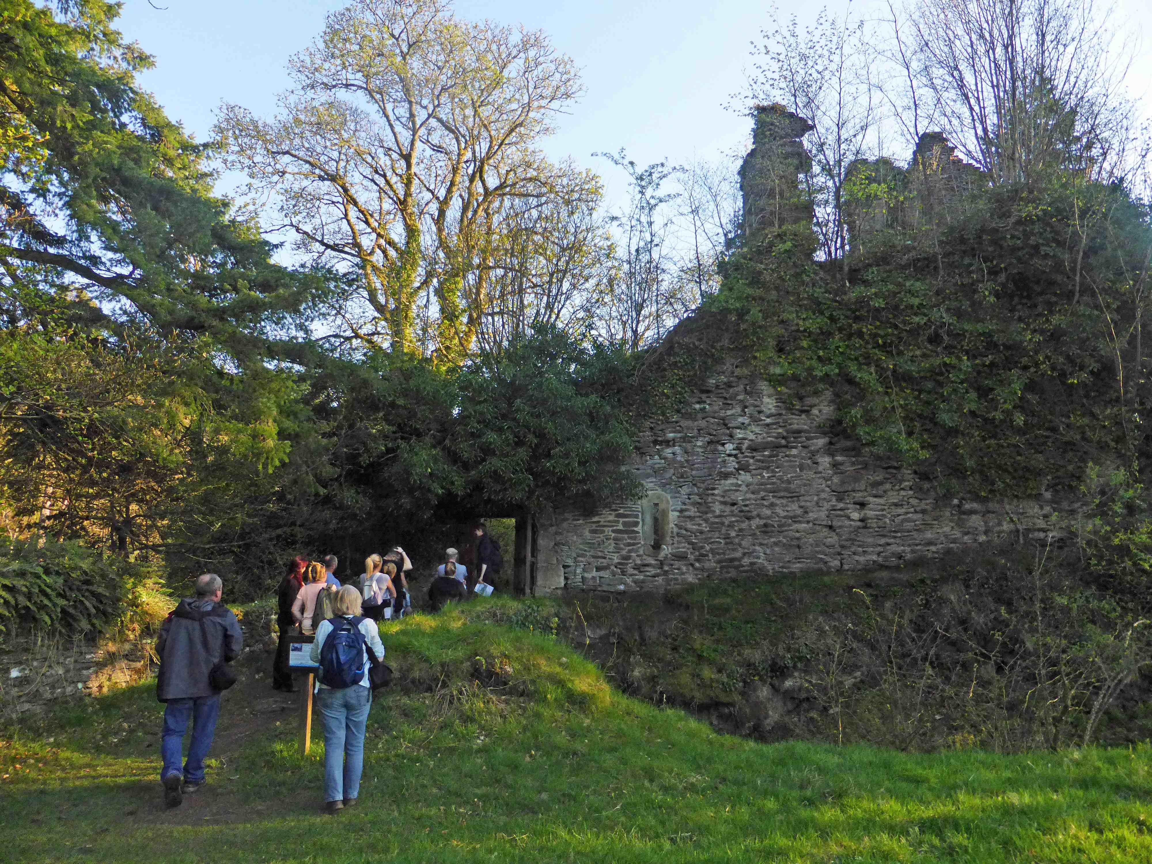 Corra Castle (c) Ewan Bachell
