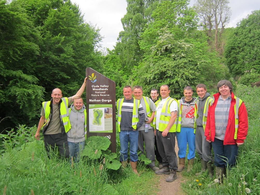 CCI Volunteers at Scottish Wildlife Trust Nethan Gorge (c) CAVLP